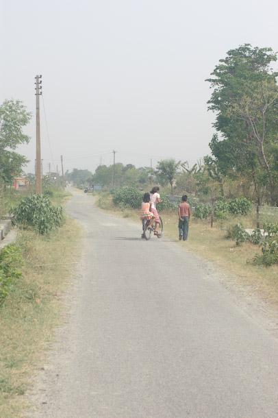 bhaniwala_walk2.jpg